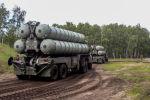 Дивизион зенитных ракетных комплексов С-300 Фаворит, фото из архива