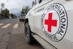 Машины Международного Комитета Красного Креста (МККК) в Карабахе, фото из архива