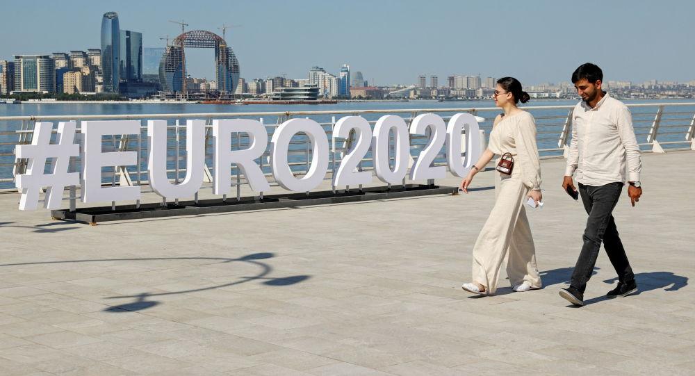 Уличная инсталляция чемпионата Европы по футболу ЕВРО-2020 в Баку