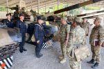 Министр обороны Закир Гасанов ознакомился с условиями в воинских частях на освобожденных территориях