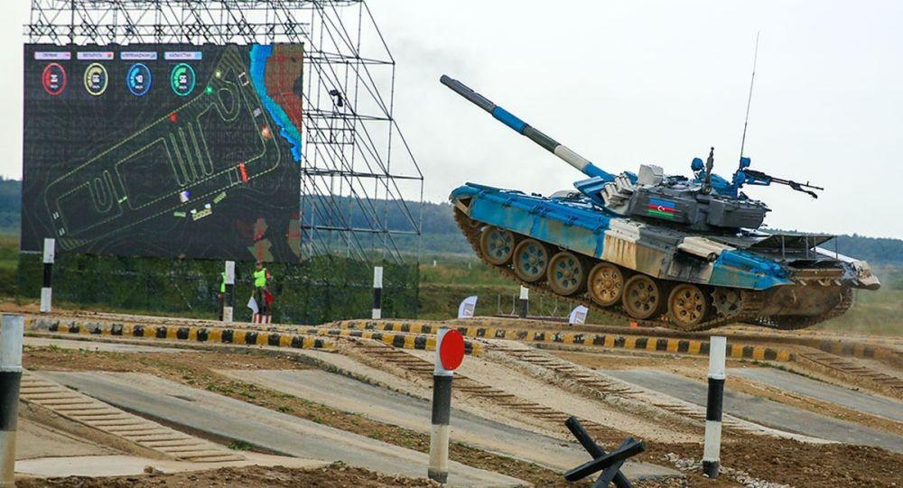 """Tankçılarımız """"Tank biatlonu"""" müsabiqəsində yarımfinal mərhələsinə vəsiqə qazanıblar"""