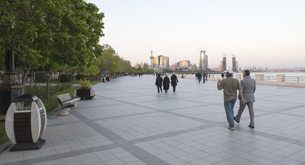 Приморский бульвар в Баку