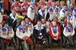 Торжественная встреча паралимпийской сборной команды России в московском аэропорту Шереметьево. 18 марта 2014 года