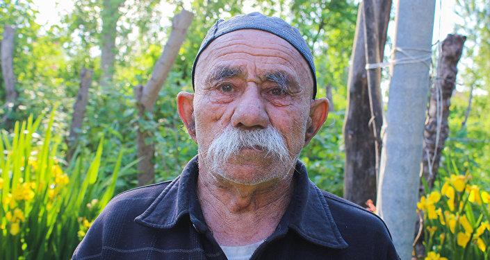 Житель села Гаратала Гахского района Эйюб Махсимов