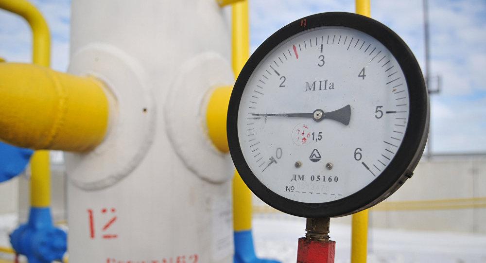 Манометр на газопроводе, фото из архива