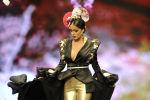 Модель во время показа коллекции дизайнера Patricia Bazarot на международной неделе моды фламенко в Севилье, Испания
