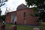 Мавзолей в селе Хазра Гусарского района