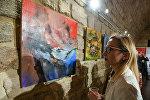 Выставка молдавского художника Чезара Секриеру под названием Метафизический спектакль цветов в галерее Art Tower.