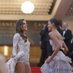 Модель Изабель Гулар и актриса Бруна Маркезини на красной дорожке 71-го Каннского международного фестиваля
