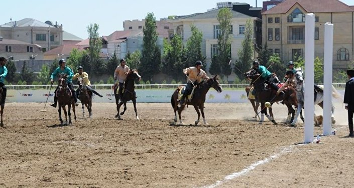 Четвертьфинал турнира по национальной конной игре човган под названием Кубок 100-летнего Юбилея