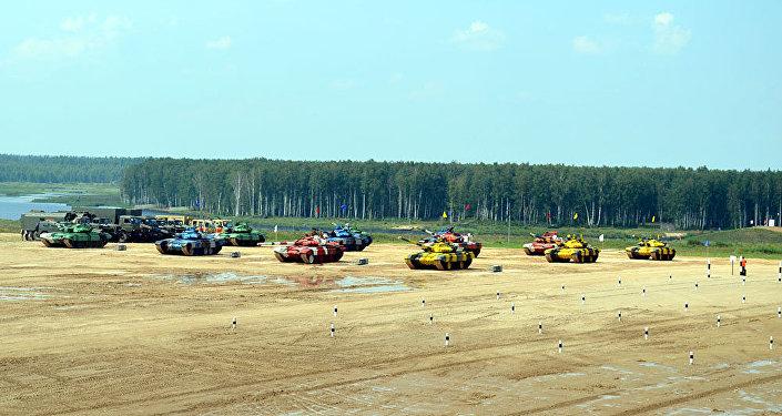 Азербайджанские танкисты стали первыми в своей группе на конкурсе Танковый биатлон