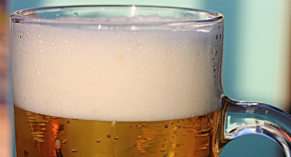 Бокал с пивом, фото из архива
