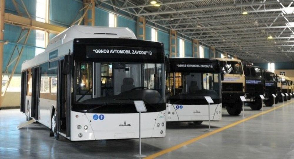 На Гянджинский автозаводе впервые с конвейера сошли электробусы E-321