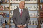 В книжном центре Azerkitab прошла презентация новой книги народного писателя Чингиза Абдуллаева Торжество хама