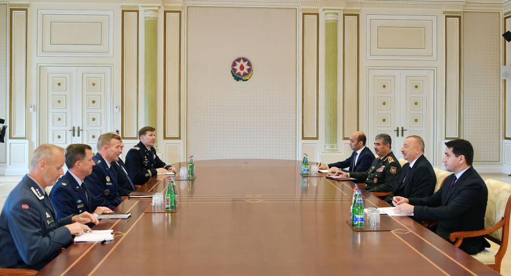 Президент Азербайджана Ильхам Алиев принял делегацию во главе с Верховным главнокомандующим Объединенными вооруженными силами НАТО в Европе Тодом Уолтерсом