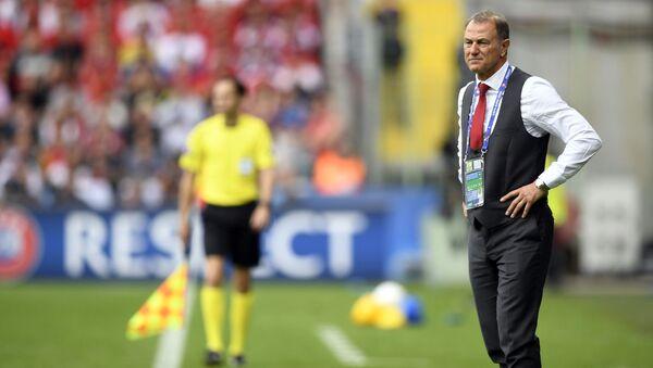 Главный тренер сборной Азербайджана по футболу Джанни Де Бьязи, фото из архива - Sputnik Азербайджан