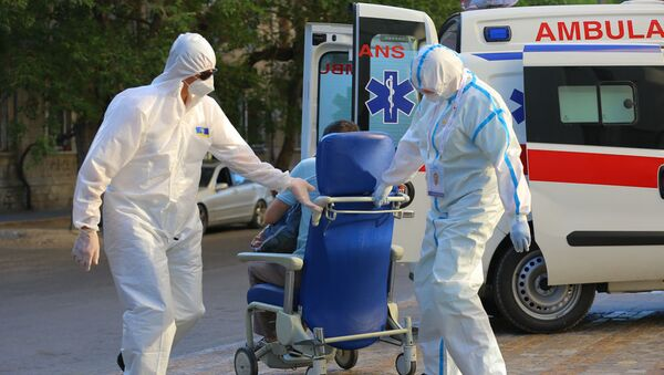 Медик в Госпитале Таможенного Комитета, фото из архива - Sputnik Azərbaycan
