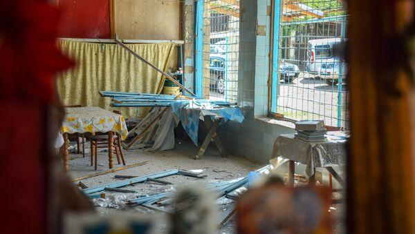 Поврежденный дом жителя Азиза Азизова в Товузском районе - Sputnik Азербайджан