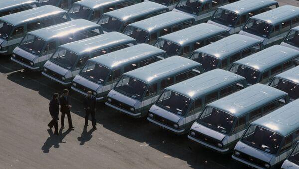 Микроавтобусы Рижского автозавода, предназначенные для Олимпиады-80. - Sputnik Азербайджан