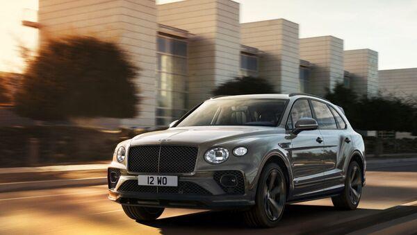 Когда мы увидим обновленные Bentley Bentayga? - Sputnik Азербайджан