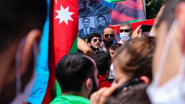 Акция в поддержку Азербайджана - Sputnik Азербайджан