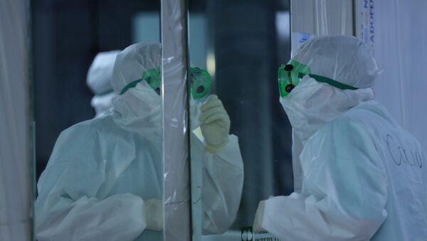 Медики в Госпитале Таможенного Комитета, фото из архива - Sputnik Азербайджан