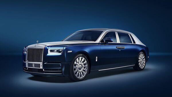 Новый Rolls-Royce Ghost получит антибактериальную защиту - Sputnik Азербайджан