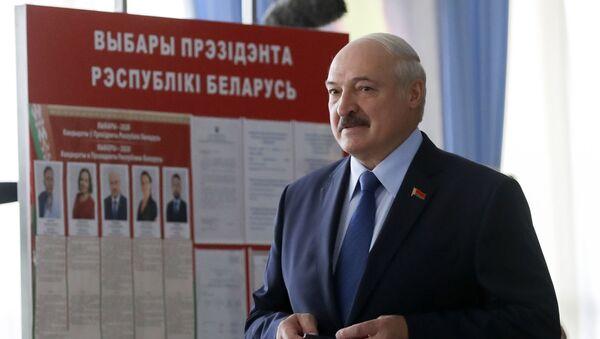 Президент Белоруссии Александр Лукашенко - Sputnik Азербайджан