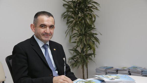 Первый вице-президент Всемирной ассоциации медицинского права, эксперт ЮНЕСКО, профессор Вюгар Мамедов - Sputnik Азербайджан