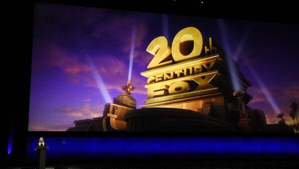 Логотип компании 20th Century Fox, фото из архива - Sputnik Azərbaycan