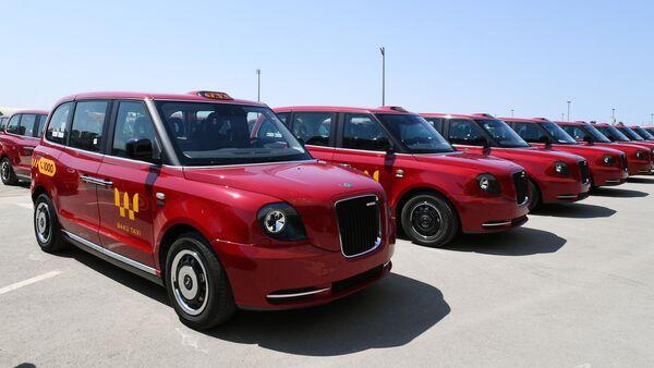 Лондонские такси модели TX - Sputnik Азербайджан