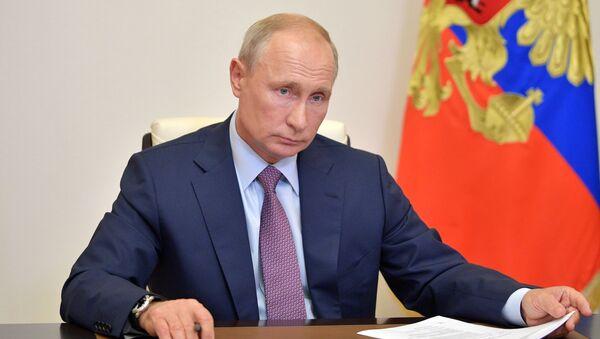 Президент России Владимир Путин - Sputnik Азербайджан