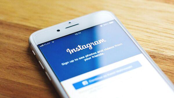 Facebook и Instagram: снова суд - Sputnik Азербайджан