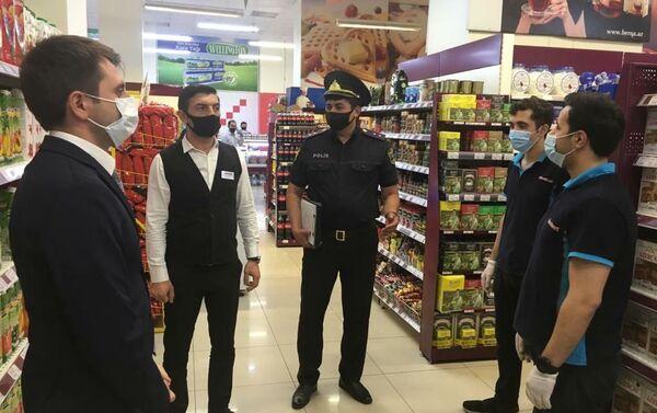 Рейд в супермаркете - Sputnik Азербайджан