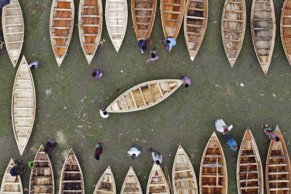 Вид сверху на на лодочный рынок в Бангладеш - Sputnik Азербайджан