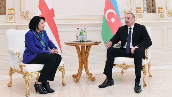 Президент Азербайджана Ильхам Алиев и президент Грузии Саломе Зурабишвили - Sputnik Азербайджан