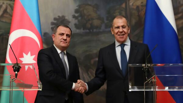 Министр иностранных дел РФ Сергей Лавров (справа) и министр иностранных дел Азербайджана Джейхун Байрамов - Sputnik Азербайджан