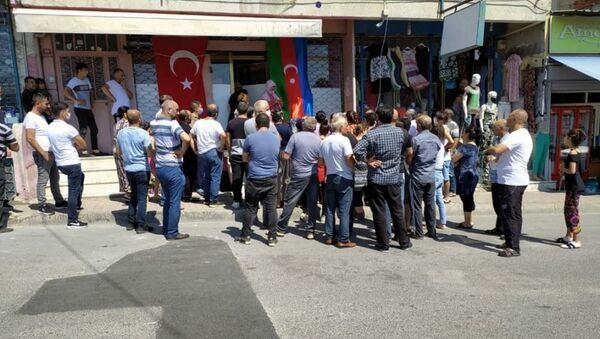 Благотворительная акция азербайджанцев в Стамбуле - Sputnik Азербайджан