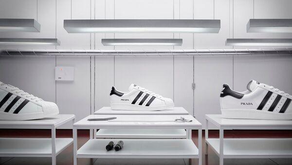 Prada снова с adidas - Sputnik Азербайджан