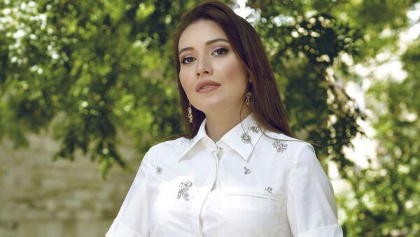 Рецепт безупречного макияжа от азербайджанского блогера Лала Эфенди - Sputnik Азербайджан