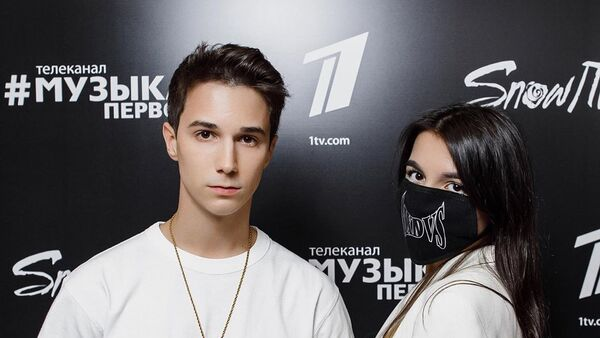 Никита Морозов и Аминоа Мирзоева - Sputnik Азербайджан