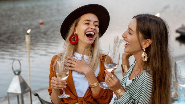 Пилатес, салон красоты и ужин с шампанским: представляем самый женский маршрут по Баку - Sputnik Азербайджан
