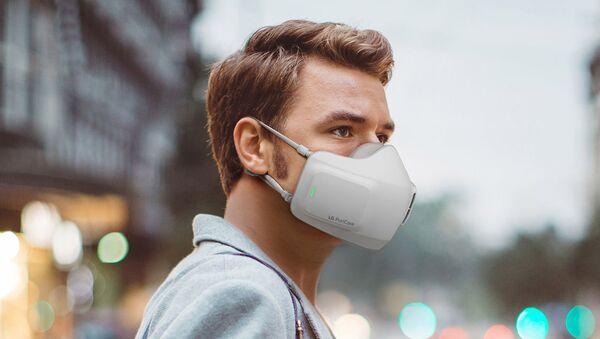 Хроники бизнеса в эпоху пандемии: инженеры LG разработали самую полезную маску - Sputnik Азербайджан