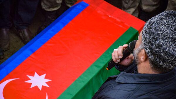 Şəhid Məmmədov Elşən Əli oğlunun dəfn mərasimi - Sputnik Азербайджан