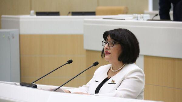 Milli Məclisin Sədri Sahibə Qafarova RF Federal Məclisinin Federasiya Şurasında çıxışı zamanı - Sputnik Азербайджан