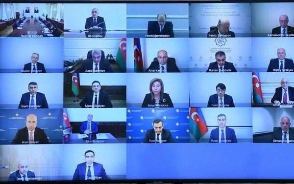 Заседание, посвященное обсуждению проектов государственного и сводного бюджетов в Кабинете Министров - Sputnik Азербайджан