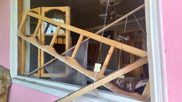 Разрушенный в результате обстрела жилой дом в Тертерском районе Азербайджана - Sputnik Azərbaycan