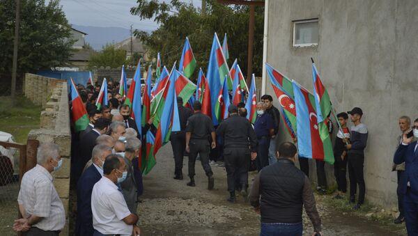 Şəhidin dəfni - Sputnik Азербайджан