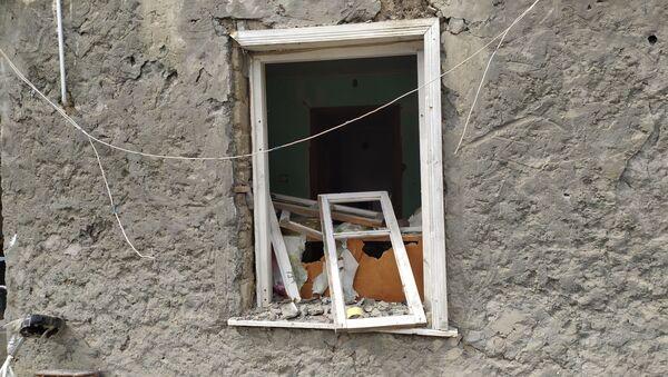 Последствия обстрела в селе Азад Гарагойунлу Тертерского района - Sputnik Азербайджан