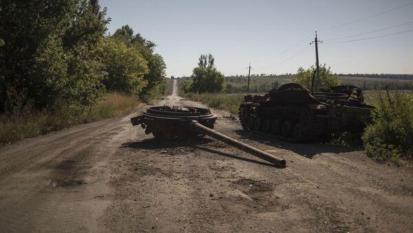 Сгоревшая военная техника, фото из архива - Sputnik Азербайджан